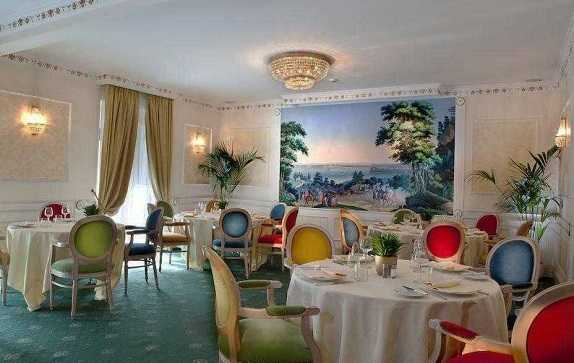 Best pricing and highest ratting hotels near the Rome in Italy where to stay in Ambasciatori-Palace-Hotel