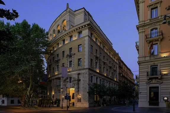 Best pricing and highest ratting hotels near the Rome in Italy where to stay in Grand Hotel Palace Rome