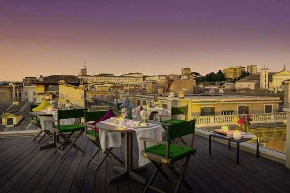 Best pricing and highest ratting hotels near the Rome in Italy where to stay in Singer Palace Hotel